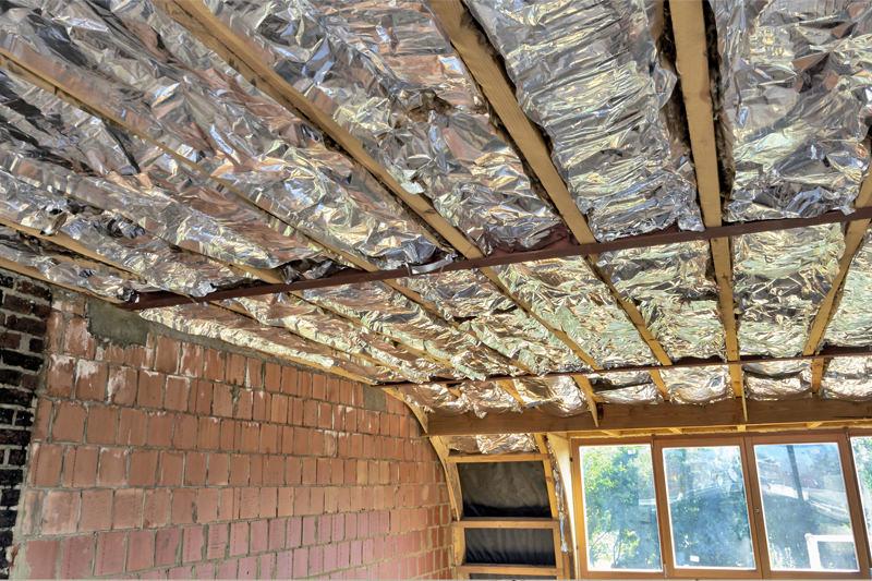 Ristrutturazione stanza e soffitto prima